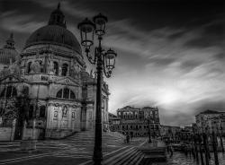 Venice Sunset Church nocrane-Bearbeitet clouds